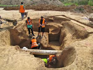 Archeologové našli na Písecku 800 stříbrných mincí ze 13. století. Jde o jeden z největších nálezů v Česku
