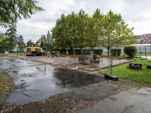 Budějovické výstaviště začalo bourat některé objekty