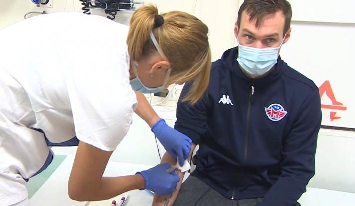 Hráči Motoru porazili koronavirus, teď pomáhají v boji s ním darováním plazmy