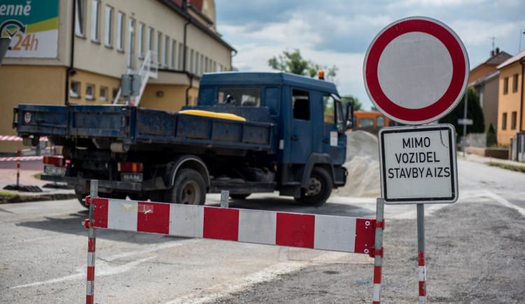 DOPRAVNÍ INFO: Práce na silnici u Dačic se neobejdou bez dopravního omezení