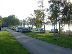 Šumava a Lipno eviduje nápor turistů v karavanech. V listopadu jsme zde ještě něco podobného nezažili, říká starosta Kvildy