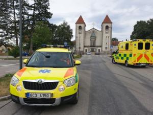 Střet dvou osobních aut si vyžádal šest zraněných. Nehoda zastavila provoz na silnici u Horního Žďáru