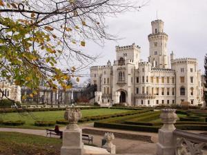 O víkendech se otevřou některé hrady a zámky. Navštívit můžete Hlubokou nebo Krumlov