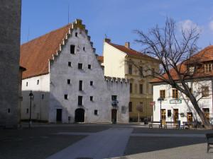 DRBNA HISTORIČKA: Trhy na Piaristickém náměstí se začaly konat na konci 18. století