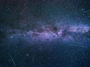Na obloze se o události roku 2021 postarají Slunce i meteory