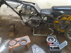 Policie pátrá po speciálně upraveném motocyklu. Zmizel z garáže na jihu Čech