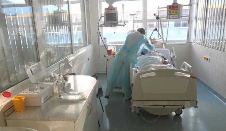 Budějcká nemocnice opět navyšuje rezervní kapacitu pro nemocné s koronavirem