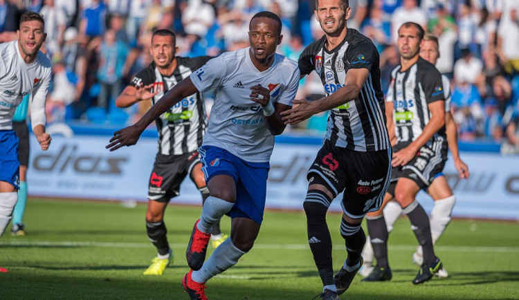 Fotbalisty Budějc posílí senegalský útočník Dame Diop