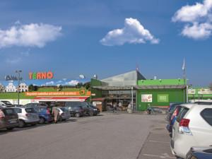 Stá dobíječka pro elektromobily stojí na parkovišti Terna