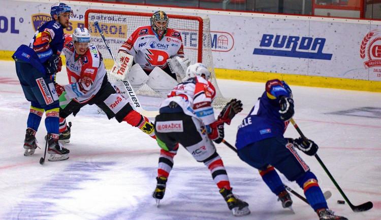 FOTO: Jeden jediný gól. Chudé utkání ovládly Pardubice, Motor se doma stále trápí