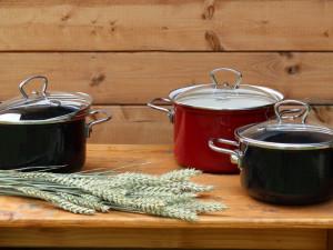 Českobudějovická společnost BELIS a.s.: O naše smaltované nádobí je zájem. Lidé se rádi vrací ke klasice