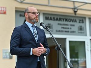 Učitelé se asi od března budou moci očkovat proti covidu, uvedl ministr školstvá Plaga
