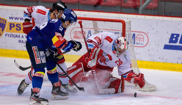 FOTO: Čtvrtá porážka s Olomoucí. Motor prodloužil mizernou sérii na domácím ledě, padl 1:2