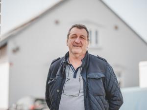 LEGENDA MOTORU: Bábo mi začali říkat asi vroce 1975, když se začala vysílat pohádka Mrazík, vzpomíná Jaroslav Korbela