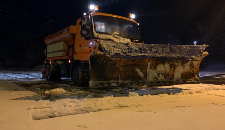 Jihočeští silničáři museli přikoupit přes 4000 tun soli