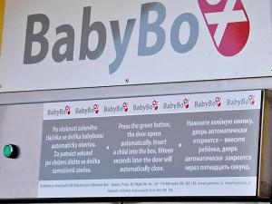 Ve strakonickém babyboxu našli odložené několikaměsíční miminko. Chlapeček dostal jméno Tomáš