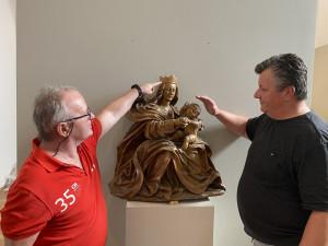 Do svatého Tomáš se vrátí soška Madony, pomůže i neplodným párům