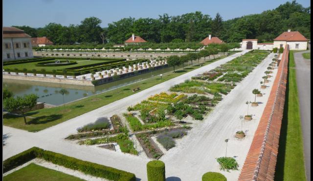Památkáři otevřou zámeckou zahradu na jihočeské Kratochvíli