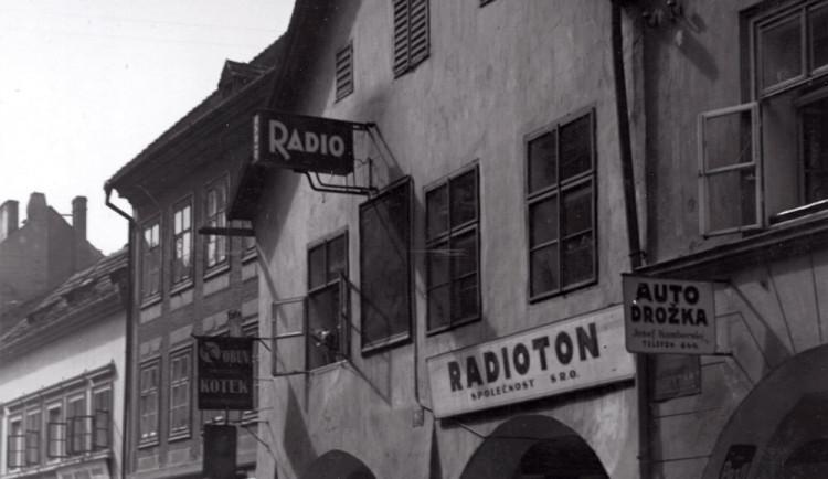 DRBNA HISTORIČKA: V domě Nusků sídlil Radioton