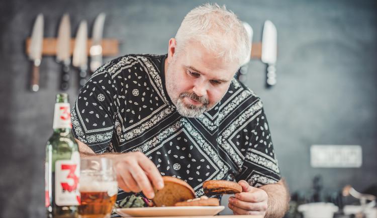 Chybí vám posezení u piva a něčeho dobrého? Tradiční recepty si můžete připravit i doma