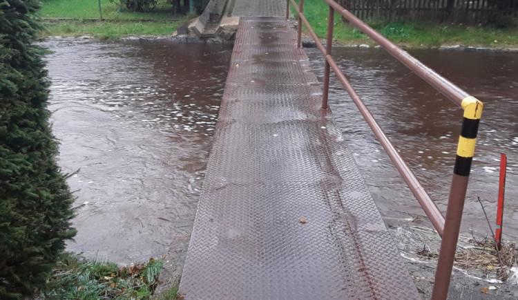 Česko v noci zasáhne vydatný déšť. Hladiny některých řek se mohou zvedat