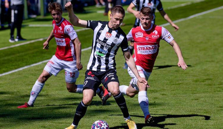 Druhá výhra v řadě. Dynamo oslavilo návrat diváků na Střelecký ostrov vítězstvím 2:0