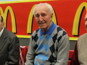 František Vacovský by dnes oslavil 95. narozeniny. Připomeňme si kariéru hokejové legendy