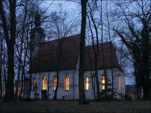 Při Noci kostelů viděli lidé hroby prvních budějovických biskupů