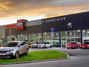HS AUTO se už více než dva roky může pochlubit novým showroomem. Přijďte si vybrat ze široké nabídky vozů PEUGEOT a NISSAN