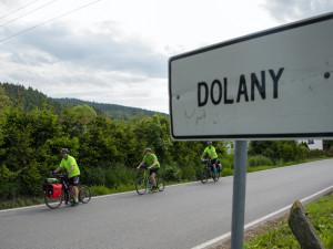 Starosta Dolan na Náchodsku navštíví na koloběžce deset obcí Dolany. Dnes vyrazil z Prachaticka