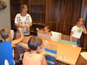 Dům gobelínů, kulturních tradic a řemesel v Jindřichově Hradci zve na tradiční dílny pro děti
