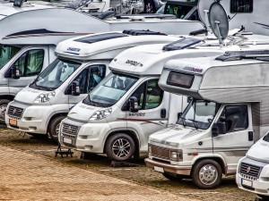 Ve městě mají vzniknout tři parkoviště pro karavany
