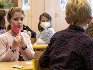 Plaga: Žáci se na začátku září třikrát preventivně otestují na covid-19