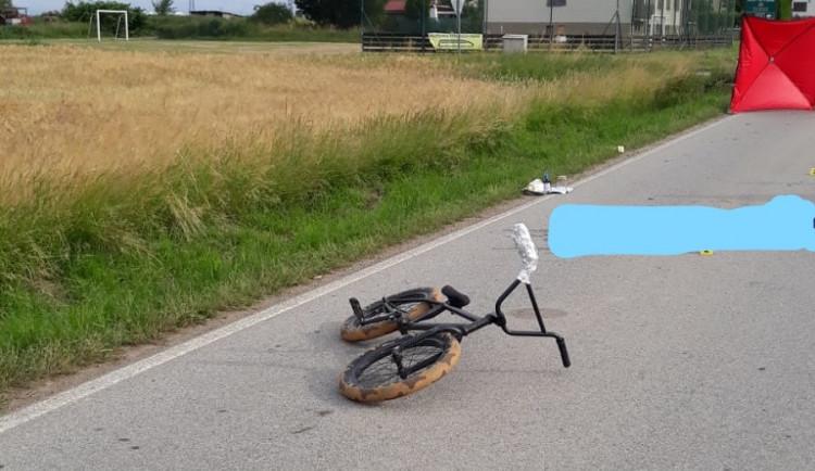 Mladý cyklista nepřežil ranní nehodu u Bechyně. Police hledá svědky