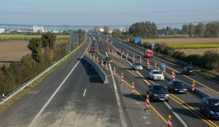 Výstavba nezrychluje. Příští rok se v tuzemsku postaví pětadvacet kilometrů nových dálnic