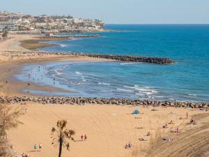 Pro cesty do Španělska bude od pondělí nutný test nebo potvrzení o očkování