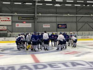 Hokejisté Motoru zahájili přípravu na ledě. O smlouvu bojuje Bučko