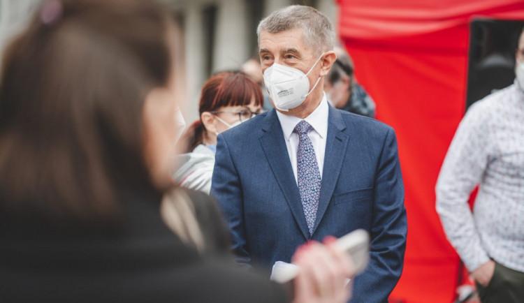 Babiš: Za této vlády nebude očkování proti covidu v Česku povinné