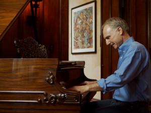 Česká premiéra díla Wild Symphony Dana Browna zahájí Festivalovou zónu v Českém Krumlově