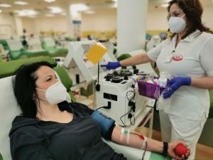 Pomoc nemocným je hlavní motivací k darování plazmy, ukázal průzkum
