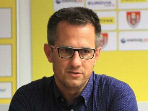 Sportovní manažer fotbalového Dynama končí. Kdo Martina Vozábala nahradí?