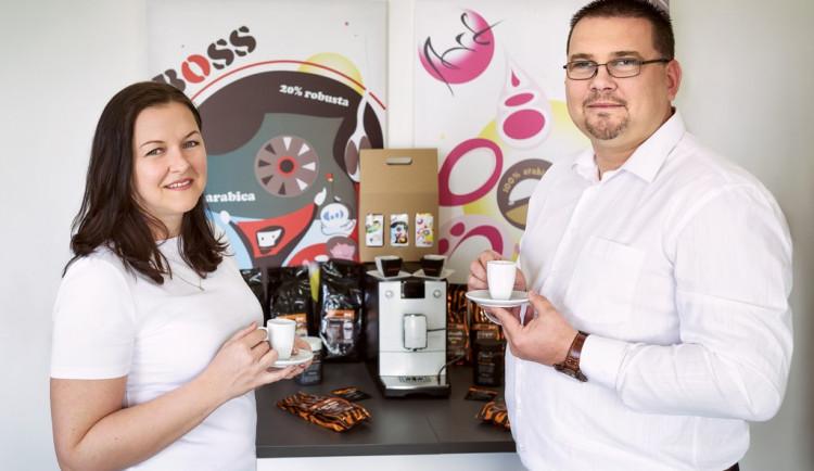 Jak na dobrou kávu? Základem je čistá voda, kvalitní zrna a správně udržovaný kávovar, říkají majitelé Espressoservis