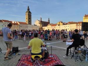 Letní kulturní akce končí: Lidé si oblíbili promítání filmů v Háječku