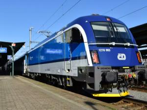 České dráhy koupily nové lokomotivy. Nasazeny budou také na trase z Prahy do Budějc