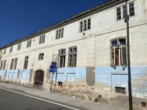 V Rožmberku nad Vltavou začala rekonstrukce panského pivovaru. Hotovo má být v příštím roce