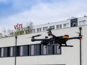 Při Noci vědců uvidí návštěvníci VŠTE i drony, které zachraňovaly srnčata