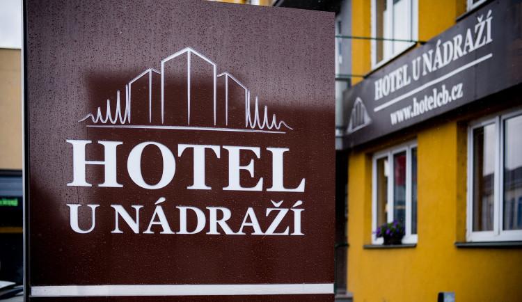 Hosté si u nás chválí čisté a moderní ubytování za super cenu, říká majitel budějckého Hotelu U Nádraží