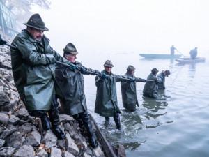 Třeboňští rybáři začnou dnes lovit největší český rybník Rožmberk