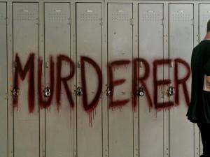 Netflix se pokouší dokázat, že telenovelám ani vyvražďování teenagerů ještě neodzvonilo