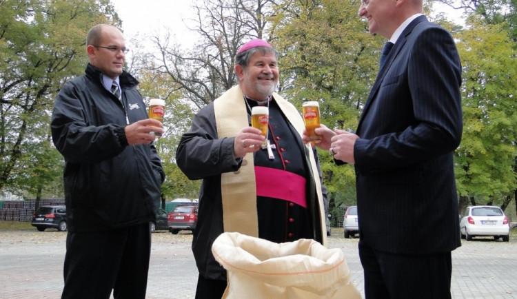Fotoreport: Biskupské požehnání trochu jinak…
